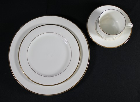 Where to find WHITE W  GOLD BAND CHINA in Tyler