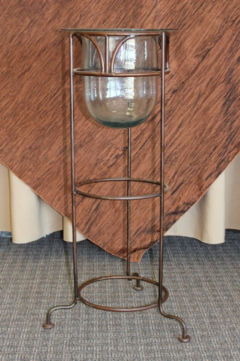 Where to find IRON SCROLL CHAMPAGNE STAND in Tyler