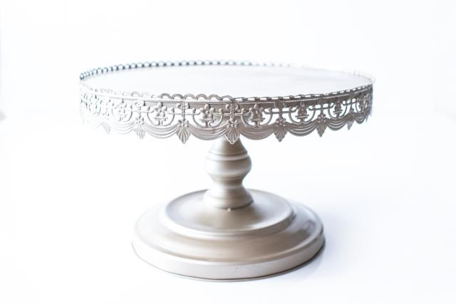 Where to rent 16 RD GOLD ANTIQUE CAKE STAND in Tyler TX Longview Texas & 16 INCH RD GOLD ANTIQUE CAKE STAND Rental Tyler TX Rent 16 INCH RD ...